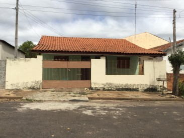 Rua Celso Souza e Silva, 425