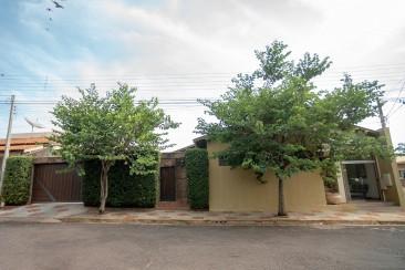 Rua Patriarca, 215