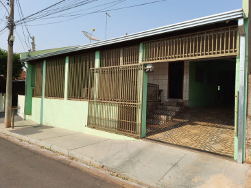 Rua Tupiniquins, 345